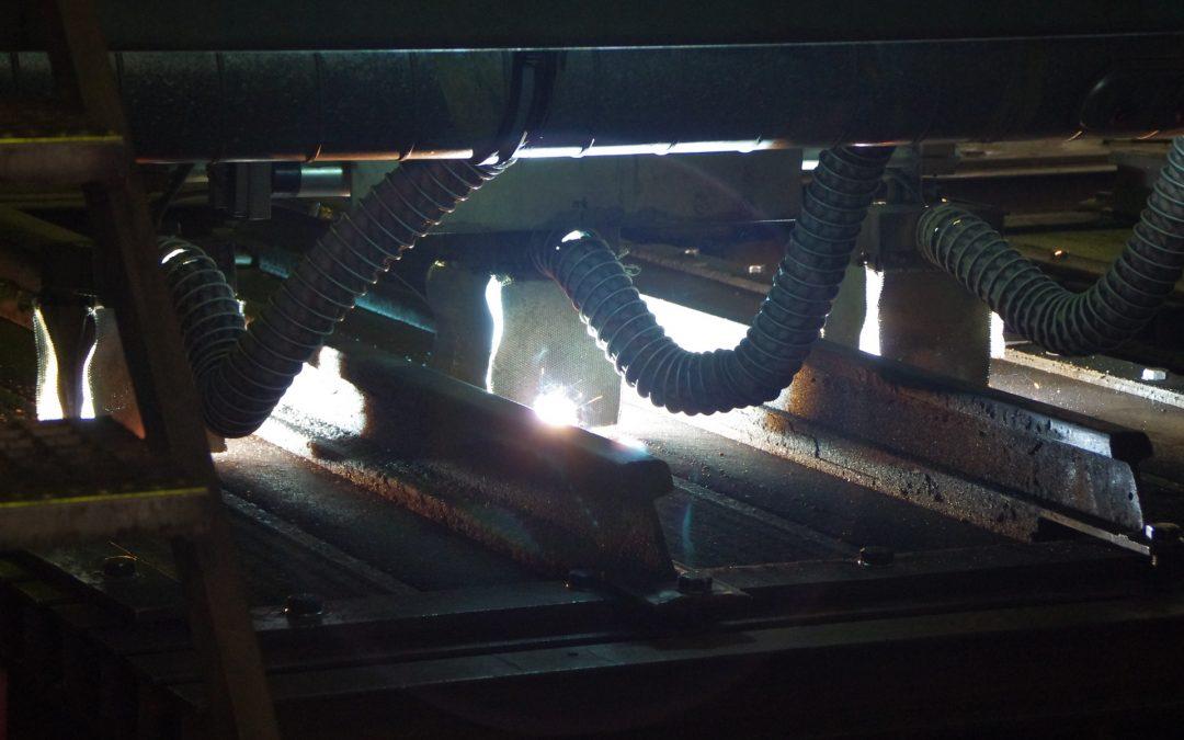 Vollautomatische Aufschweißanlage